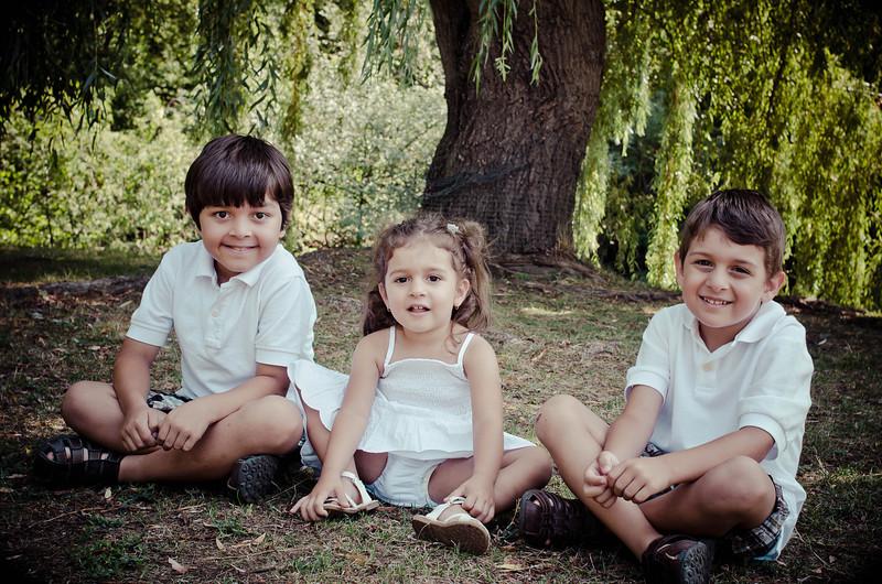 Malheiro Family_3MG FHR-3489.jpg
