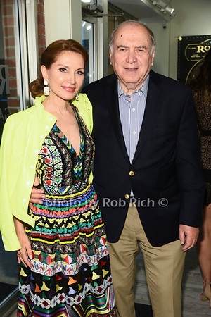 Social Life Magazine Cover party for Jean Shafiroff at RJD gallery in Bridgehampton on  8-17-19.  all photos by Rob Rich/SocietyAllure.com ©2019 robrich101@gmail.com 516-676-3939