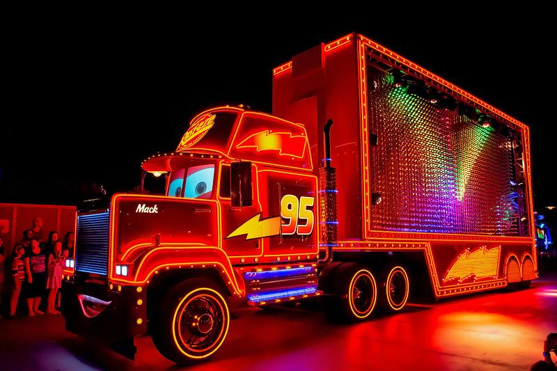 Disney's Paint the Night Parade (California Adventure version)