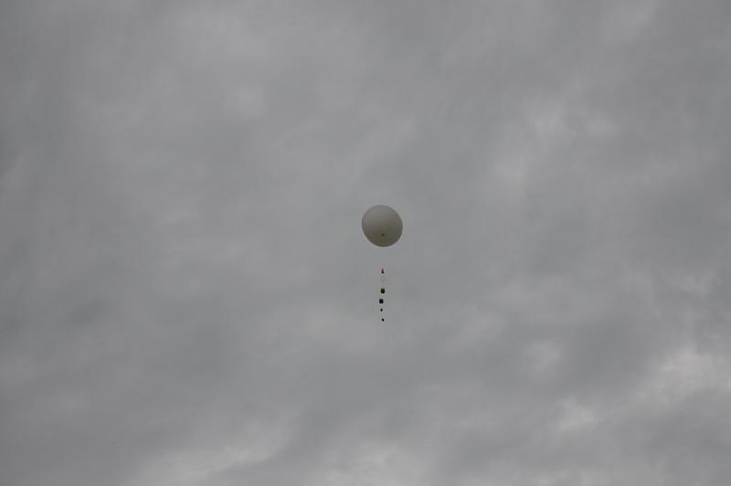 160509 VU Weather Balloon Launch (34).JPG