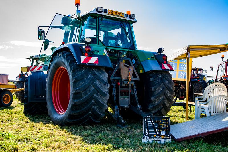 Tractor Pulling 2015-01563.jpg