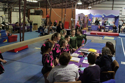 Premier Gym & Cheer : Session 3 : Level 6 / IPO
