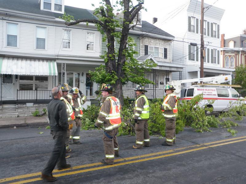 mahanoy city tree incident 5-8-2010 022.JPG