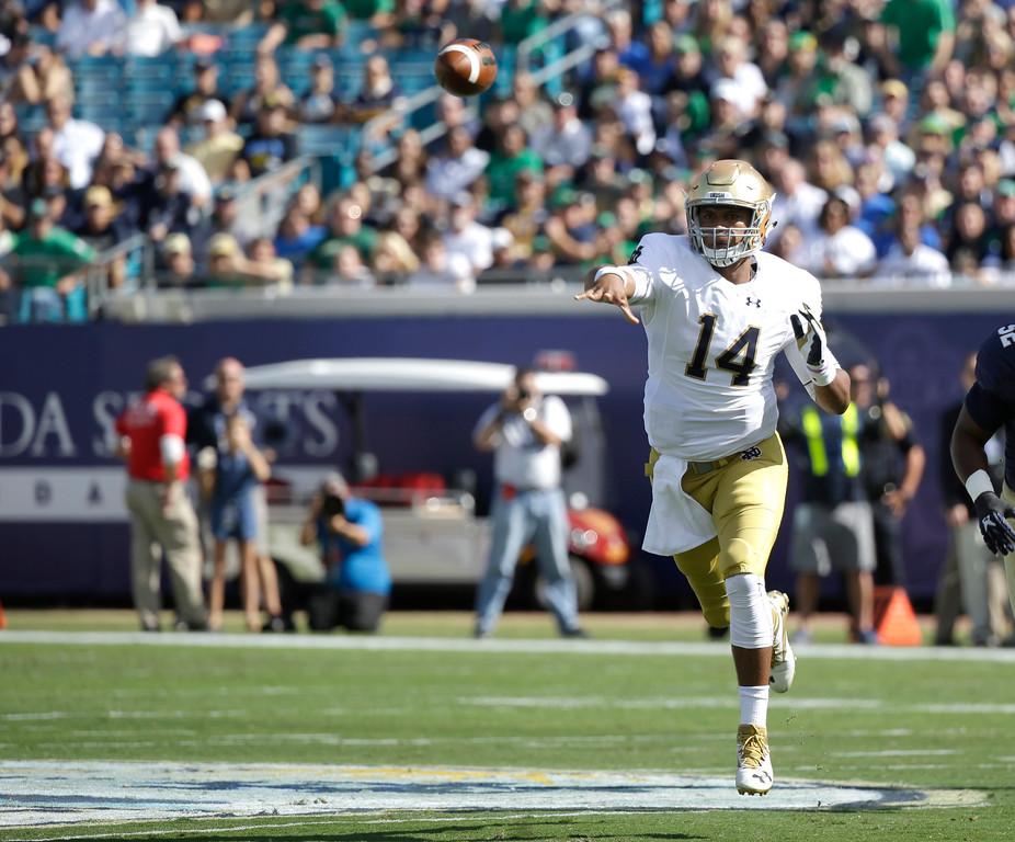 ". 13 (Arizona Cardinals): Notre Dame quarterback DeShone Kizer. \"" Coach Bruce Arians starts grooming Carson Palmer�s replacement,\"" Schudel says. (AP Photo/John Raoux)"