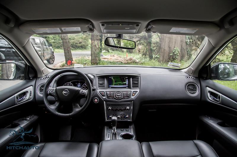 NissanPathfinderSL_White_XXXXXXX-8413.jpg