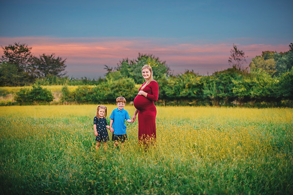EllaMae Maternity Photos Fields