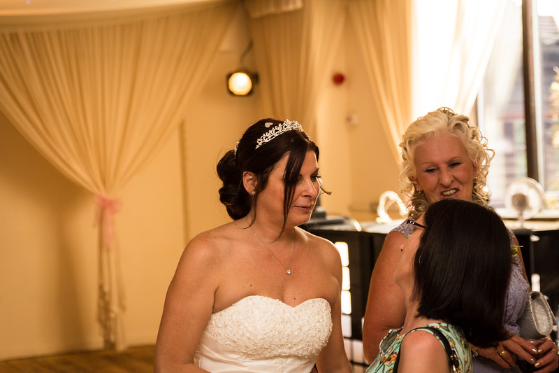 bensavellphotography_wedding_photos_scully_three_lakes (314 of 354).jpg