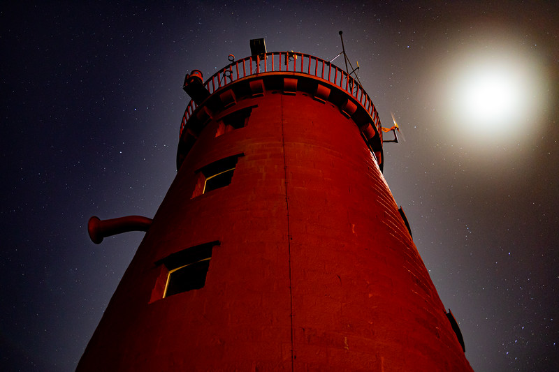Lighthouse to the Stars