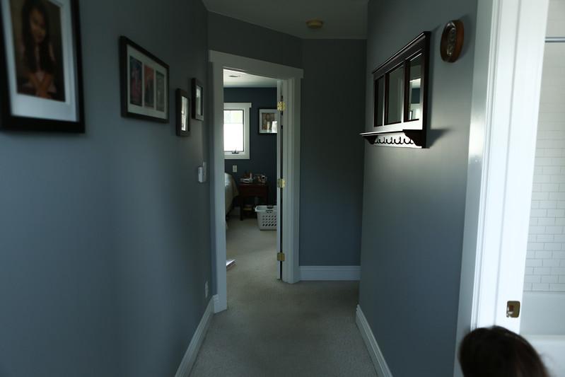 072_Hallway2.jpg