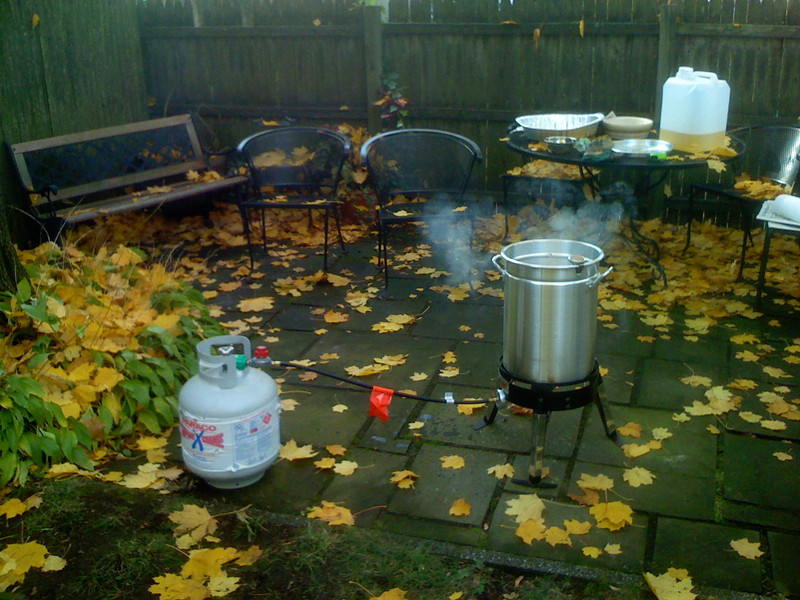 thanksgiving turkey frying at chows
