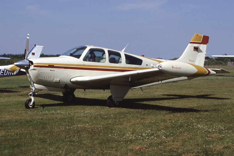 D-EPWP-BeechF33ABonanza-Private-EDXY-1999-06-19-GP-02-KBVPCollection.jpg