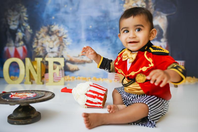 newport-babies-photography_pumpkin_cakesmash-7954-1.jpg
