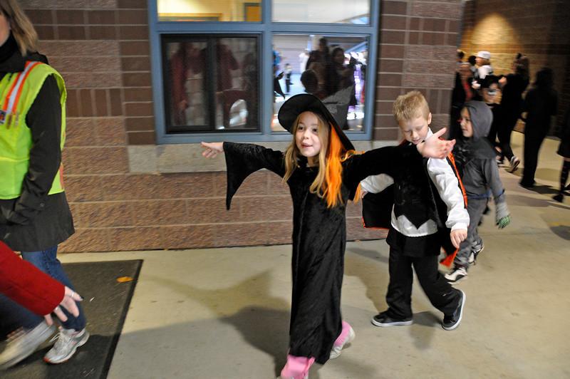 Halloween Pumpkin Parade at Columbia Elementary - Kimber returning to class