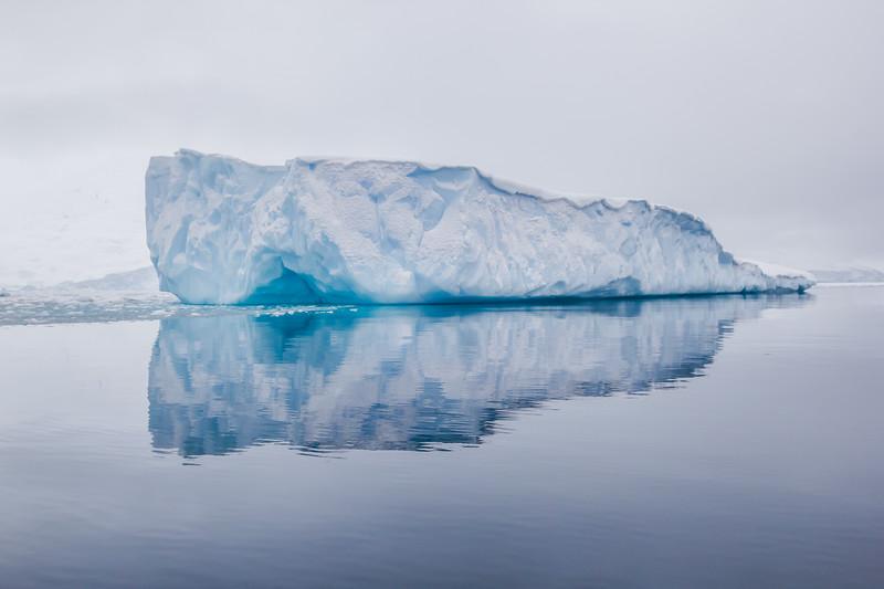 Antartica Facts - iceberg