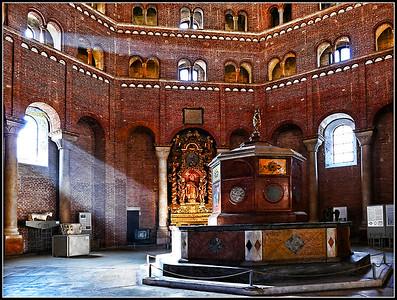 Cremona: Il Battistero