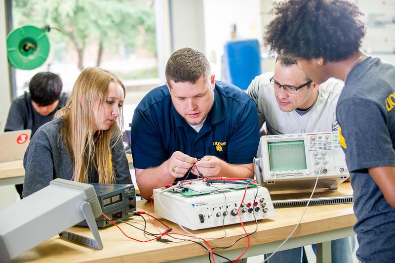 17339-Electrical Engineering-8204.jpg