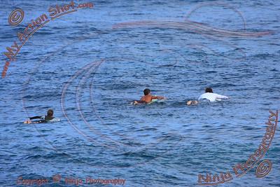2010_10_11 - Dagan - Surfing Laniakea