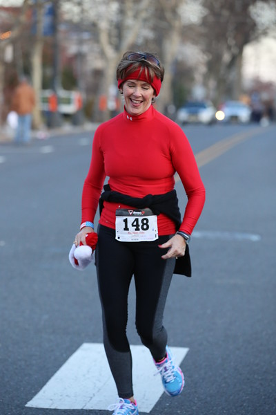 Toms River Police Jingle Bell Race 2015 - 01263.JPG