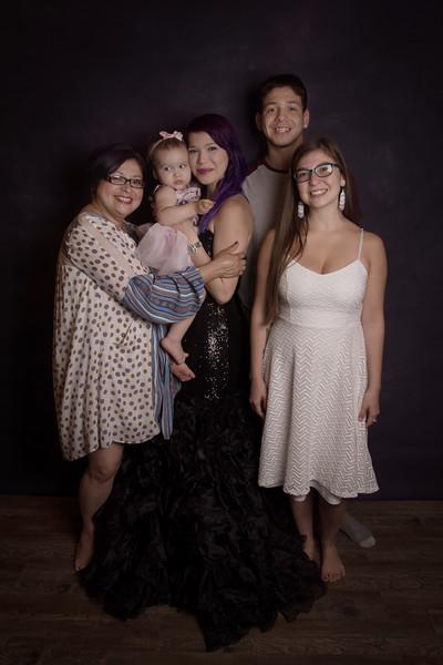Nadine and kids (117).jpg