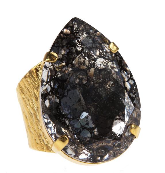 Perfect Drop Ring / Black Patina
