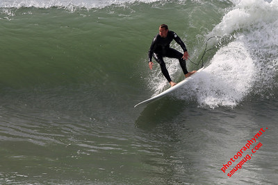 Huntington Beach Surfing 02 05 2011
