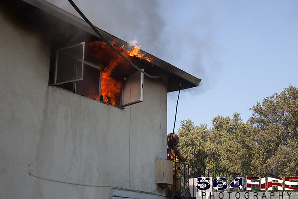 RED - Apartment Fire - 4-21-15