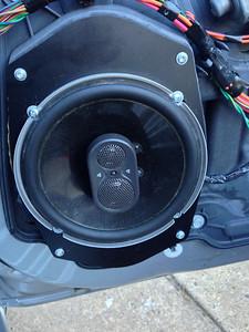 2010 Dodge Avenger SXT Door Speaker Installation - USA