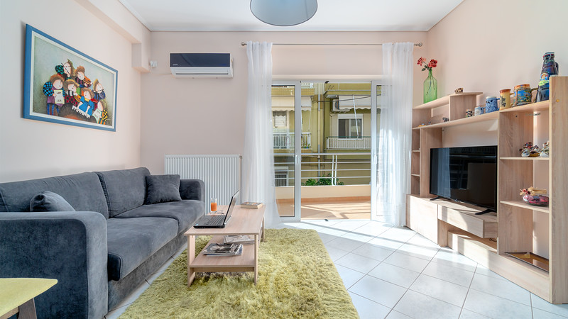 APARTMENT, Dafni
