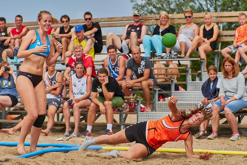 Molecaten NK Beach Handball 2017 dag 1 img 304.jpg