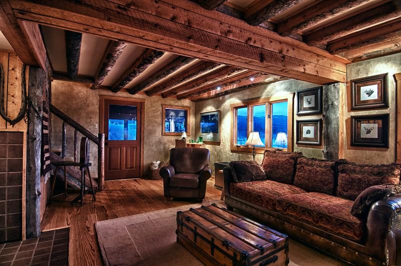 Zirkel living room.jpg