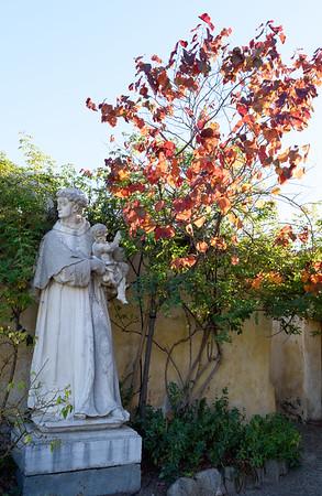 Mission San Carlos Borroméo del río Carmelo, Carmel California 10/31/2015