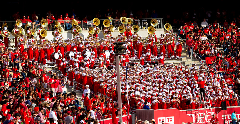 The UH Band tries to rouse us ...