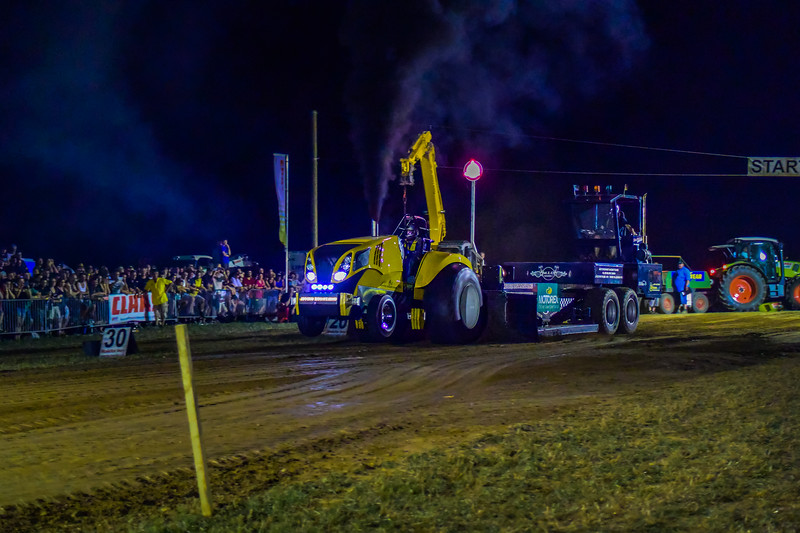 Tractor Pulling 2015 V3-0183.jpg