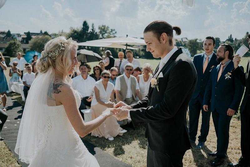 Tu-Nguyen-Wedding-Hochzeitsfotograf-Hochzeitsreportage-Neuwied-Bonn-Koblenz-Jan-Jessica-80.jpg