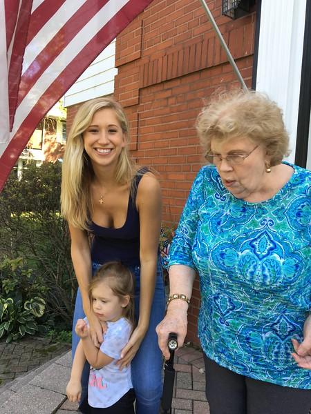 Carol Larson, Kirsten och Olivia