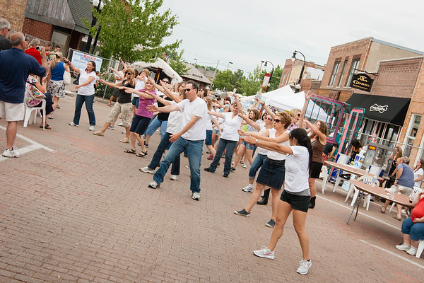 Mixin Mingle Main Street Flash Mob 2012