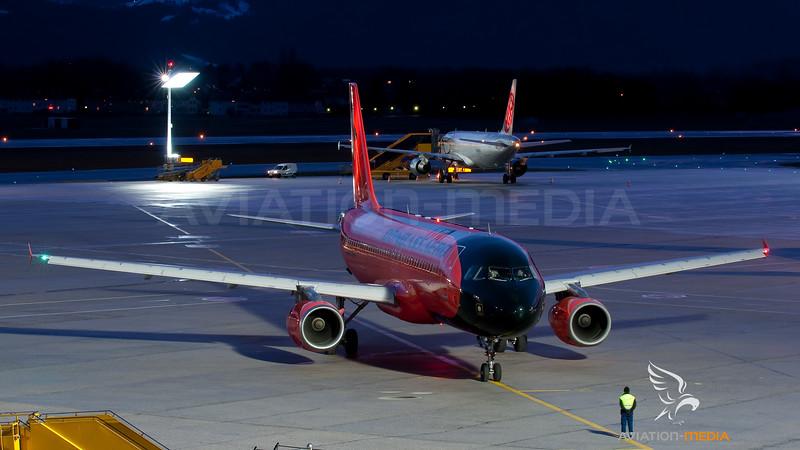 Donbassaero Airbus A320 UR-DAB