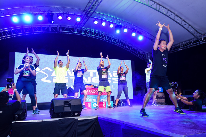 Color Manila Black Light Run (102).jpg