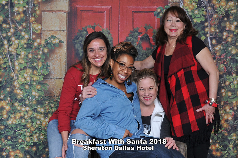 Sheraton Dallas Santa Photos 2018