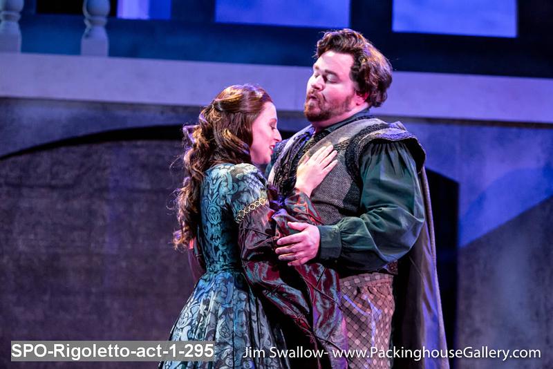 SPO-Rigoletto-act-1-295.jpg