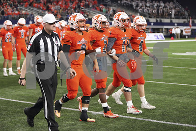 stamp-of-approval-for-mineola-football-champs