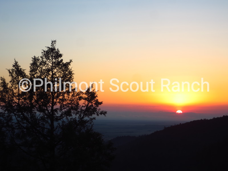 2014_Sunrise or Sunset_WalterWolanin_Good Morning World _Lovers Leap_381.JPG