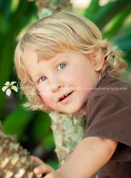 Wyatt at zoo_DSC_3581_edited-1.jpg