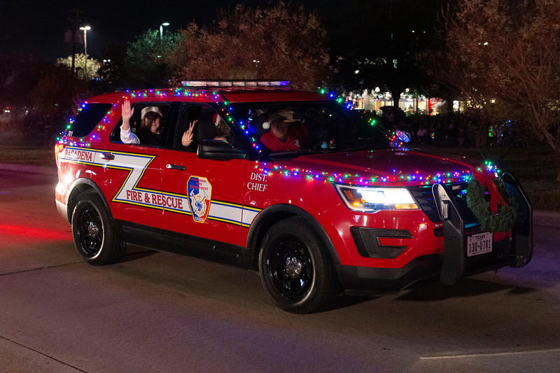 Holiday Lighted Parade_2019_055.jpg