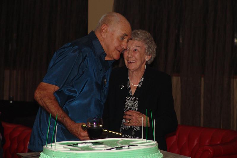 Harvey's 80th Harvey Syb cake.jpg
