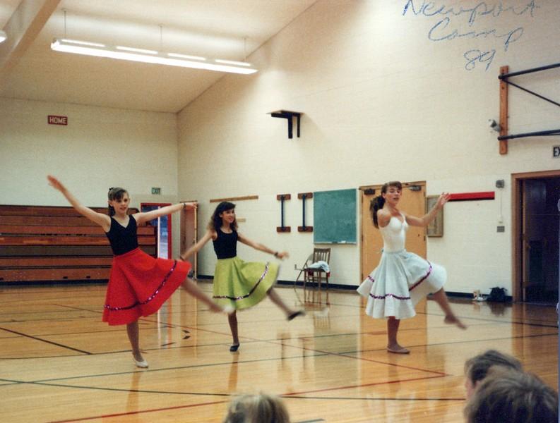 Dance_1825_a.jpg