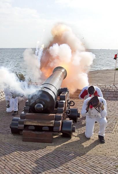 kanonnen.jpg