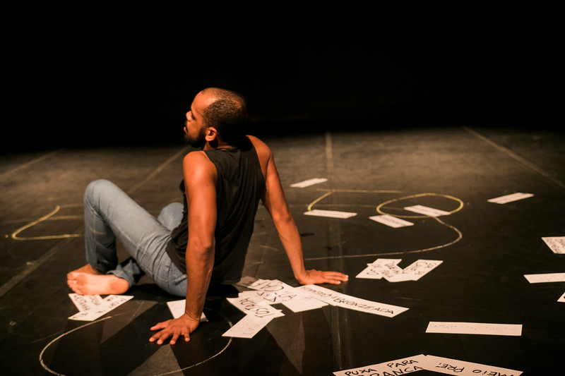 Allan Bravos - Lentes de Impacto - Teatro-715.jpg
