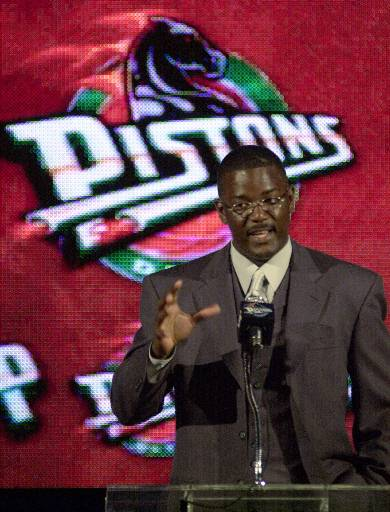 . Former Detroit Pistons guard Joe Dumars addresses reporters at a news conference Tuesday, June 6, 2000, at the Palace in Auburn Hills, Mich. The Pistons announced that Dumars would become president of basketball operations. (AP Photo/Paul Warner)