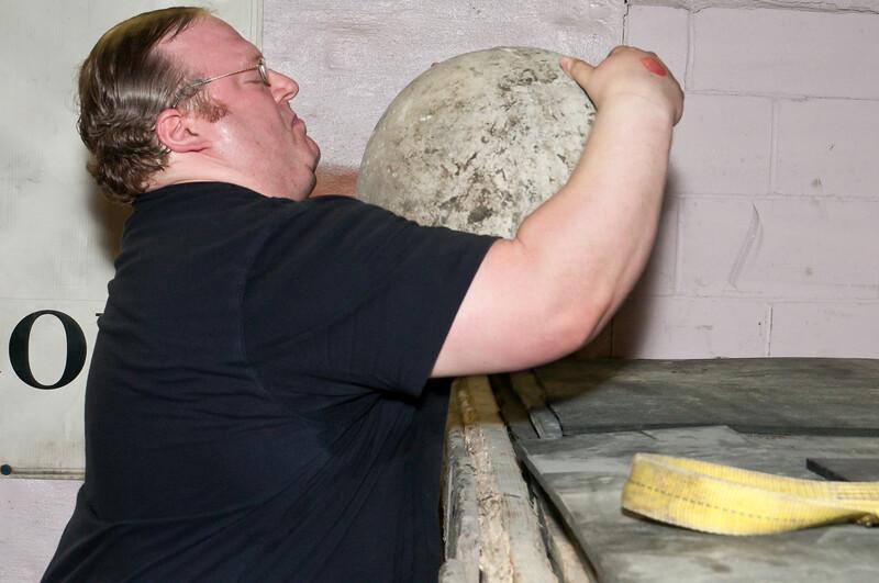 Strongman Saturday 4-14-2012_ERF4347.jpg